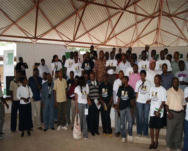 Group photo of dialogue participants at Mazimbu